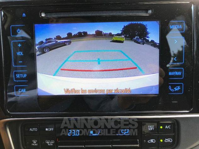 Toyota AURIS HSD 136h Collection BI-TON BLANC NACRE Occasion - 6