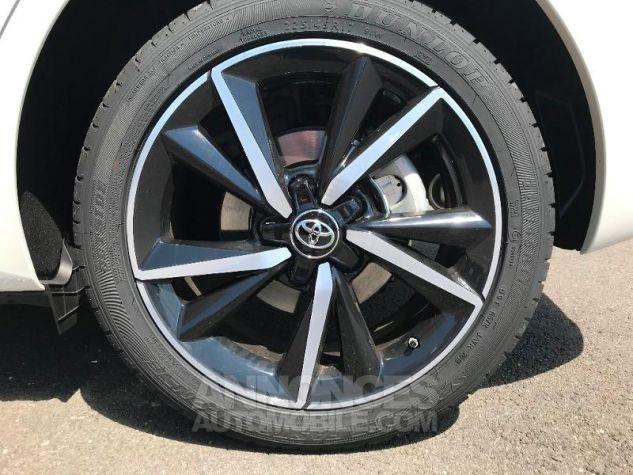 Toyota AURIS HSD 136h Collection BI-TON BLANC NACRE Occasion - 10