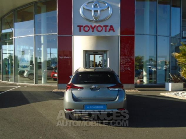 Toyota AURIS HSD 136h Collection BI-TON GRIS PLATINE Occasion - 3
