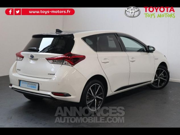 Toyota AURIS HSD 136h Collection RC18 blanche Occasion - 1