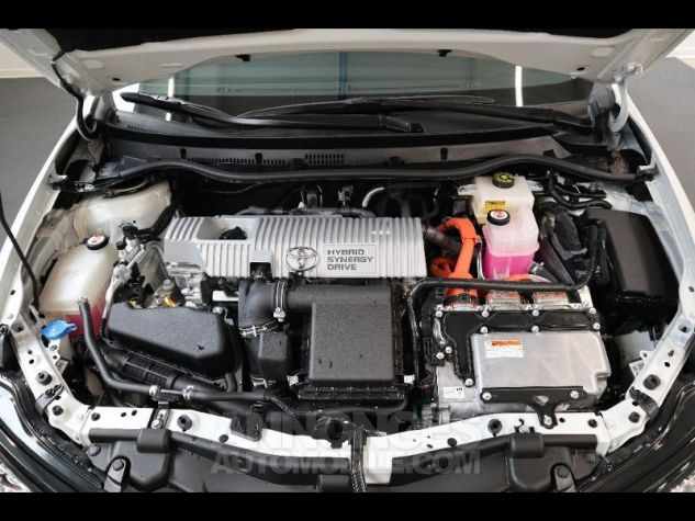 Toyota AURIS HSD 136h Collection RC18 blanche Occasion - 8