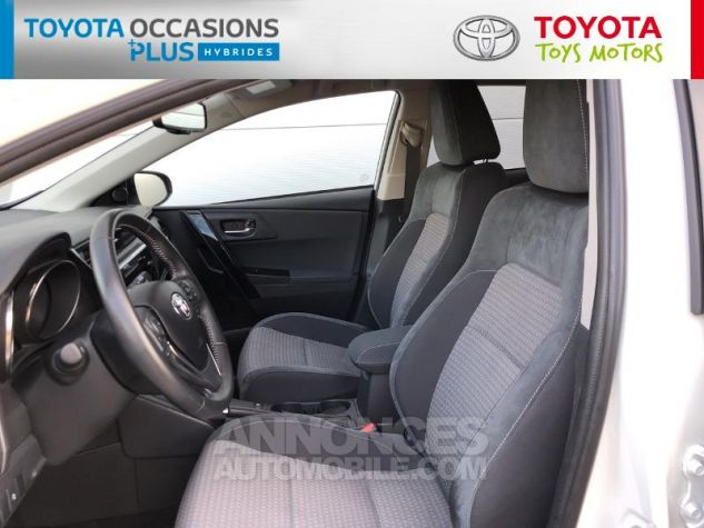 Toyota AURIS HSD 136h Collection RC18 Blanc Nacre Occasion - 12