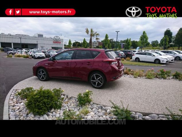 Toyota AURIS HSD 136h Collection RC18 Rouge Occasion - 3