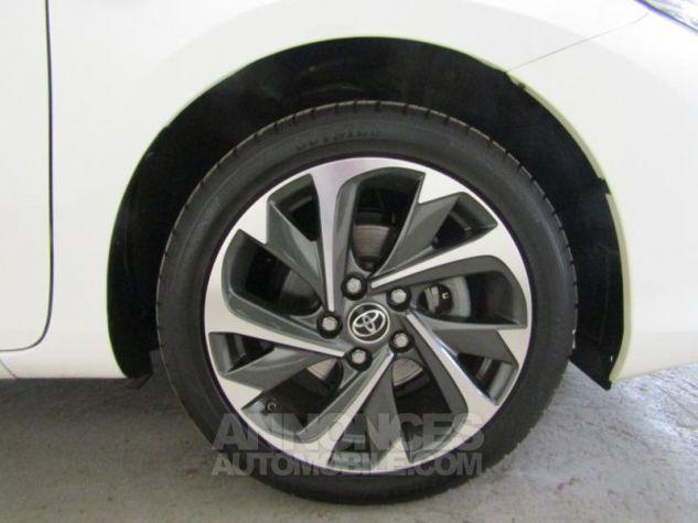 Toyota AURIS HSD 136h Design Blanc Occasion - 11