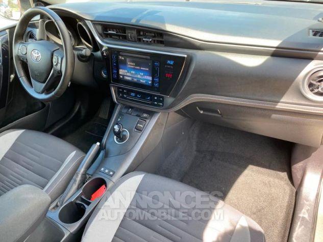 Toyota AURIS HSD 136h Design Gris Dune Occasion - 18