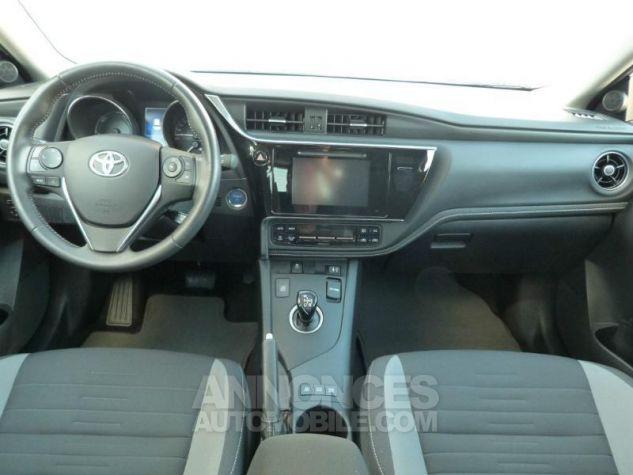 Toyota AURIS HSD 136h Design BLANC NACRE Occasion - 2