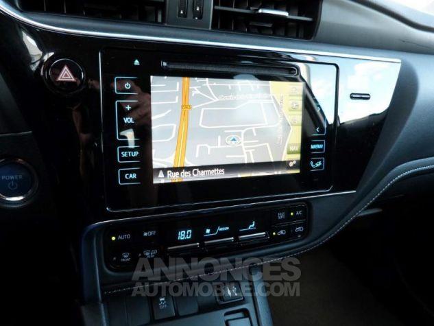 Toyota AURIS HSD 136h Design BLANC NACRE Occasion - 6