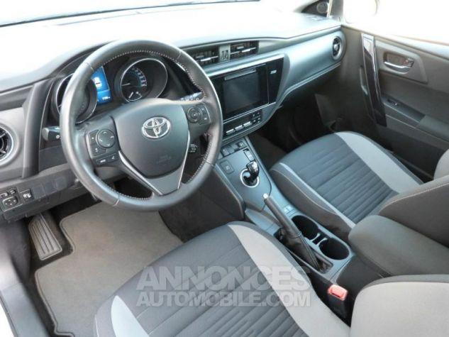 Toyota AURIS HSD 136h Design BLANC NACRE Occasion - 12
