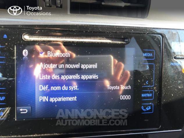 Toyota AURIS HSD 136h Design RC18 Blanc Pur Occasion - 6