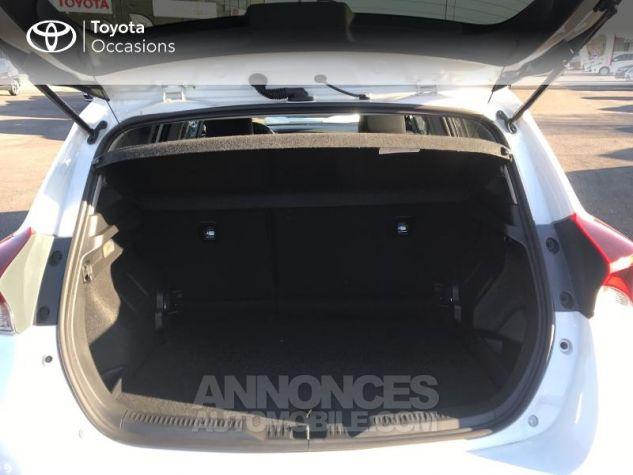 Toyota AURIS HSD 136h Design RC18 Blanc Pur Occasion - 14