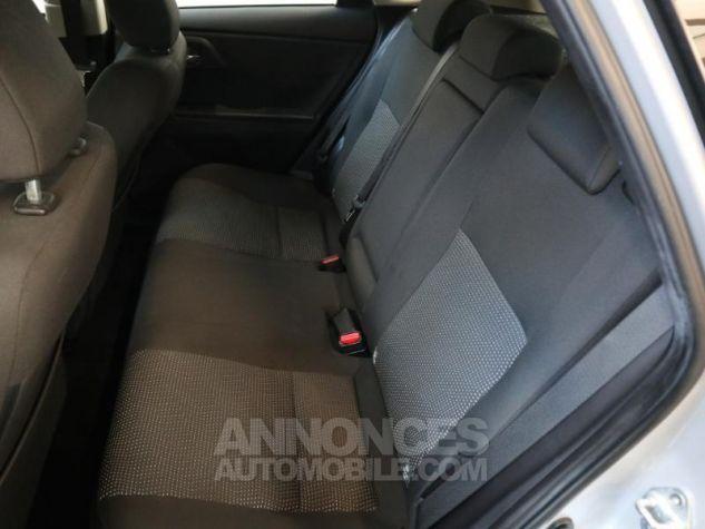 Toyota AURIS HSD 136h Dynamic Gris Aluminium Occasion - 17
