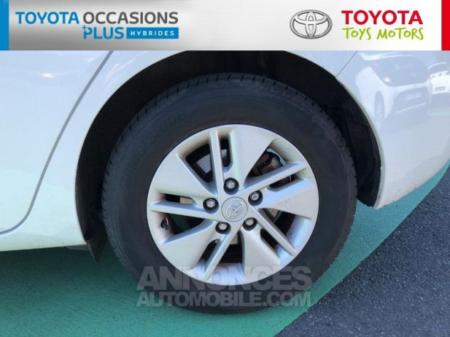 Toyota AURIS HSD 136h Dynamic Blanc Occasion - 3