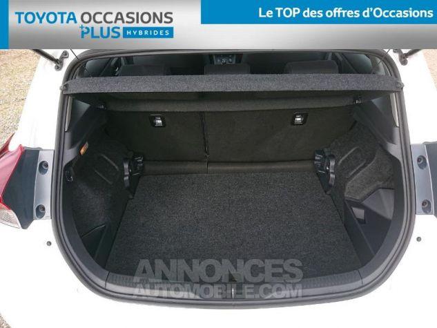 Toyota AURIS HSD 136h Dynamic Business RC18 Blanc Pur Occasion - 14