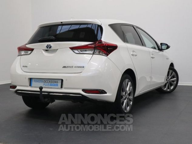 Toyota AURIS HSD 136h Executive BLANC NACRE Occasion - 2
