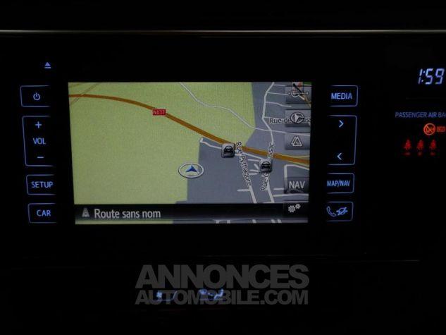 Toyota AURIS HSD 136h Executive BLANC NACRE Occasion - 9