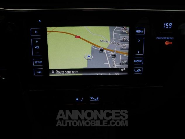 Toyota AURIS HSD 136h Executive BLANC NACRE Occasion - 10