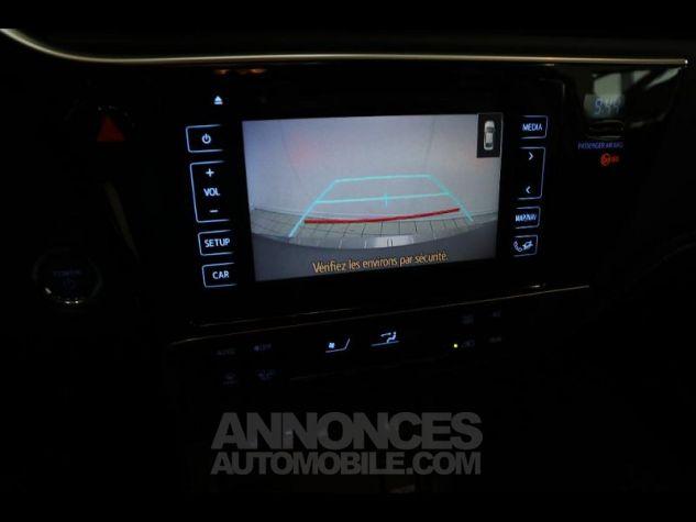 Toyota AURIS HSD 136h Executive gris Occasion - 16