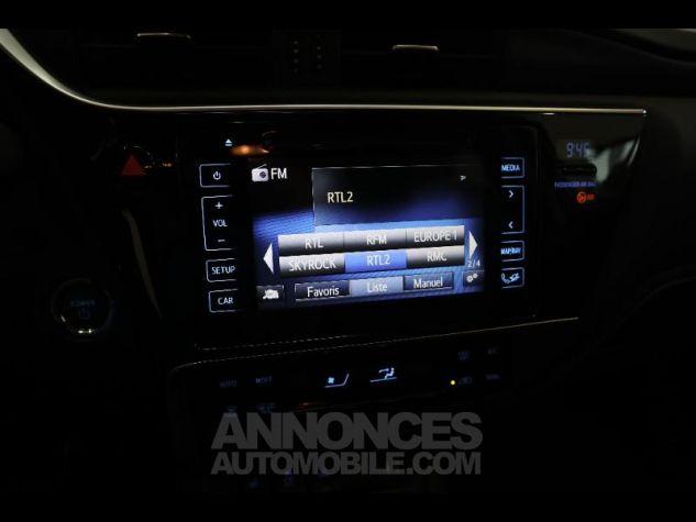 Toyota AURIS HSD 136h Executive gris Occasion - 18