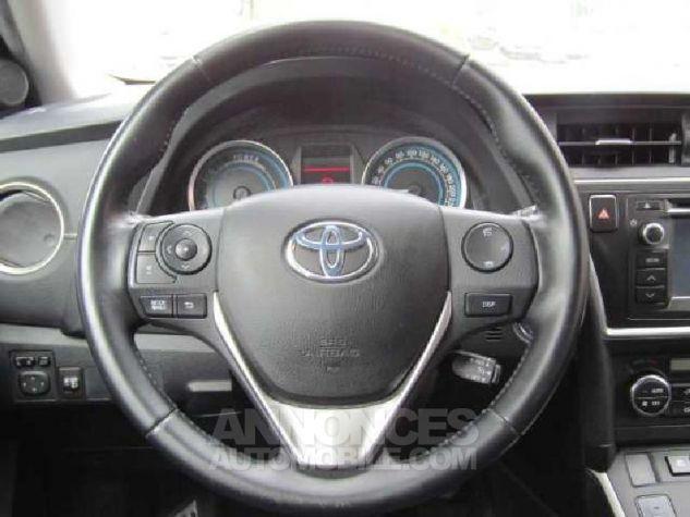 Toyota AURIS HSD 136h Feel Gris Clair Occasion - 5