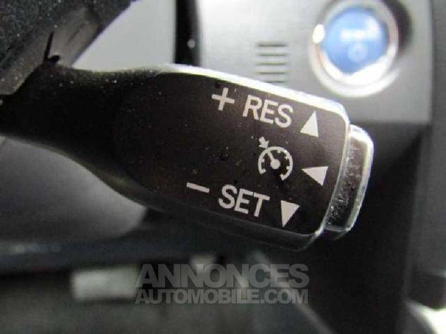 Toyota AURIS HSD 136h Feel Gris Clair Occasion - 10