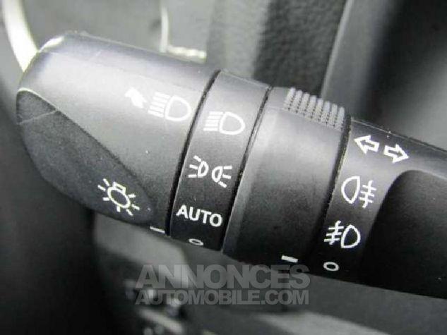 Toyota AURIS HSD 136h Feel Gris Clair Occasion - 11