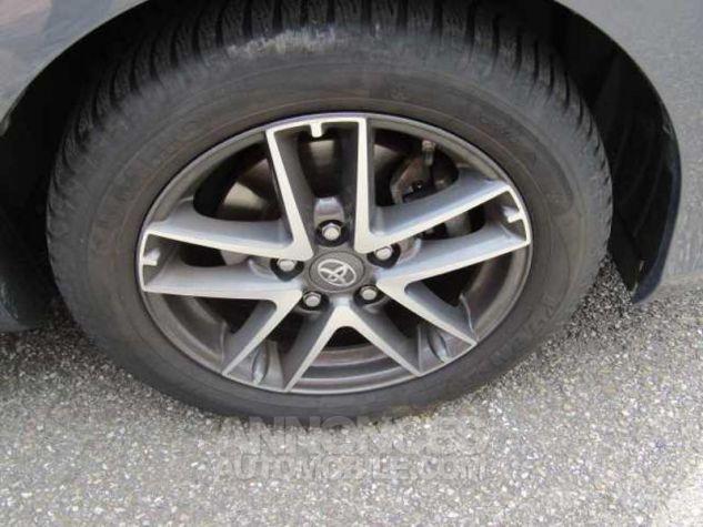 Toyota AURIS HSD 136h Feel Gris Foncé Métal Occasion - 16