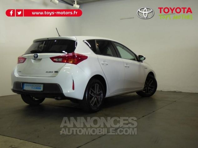 Toyota AURIS HSD 136h Feel BLANC Occasion - 2