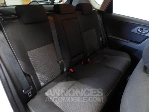 Toyota AURIS HSD 136h Feel BLANC Occasion - 4
