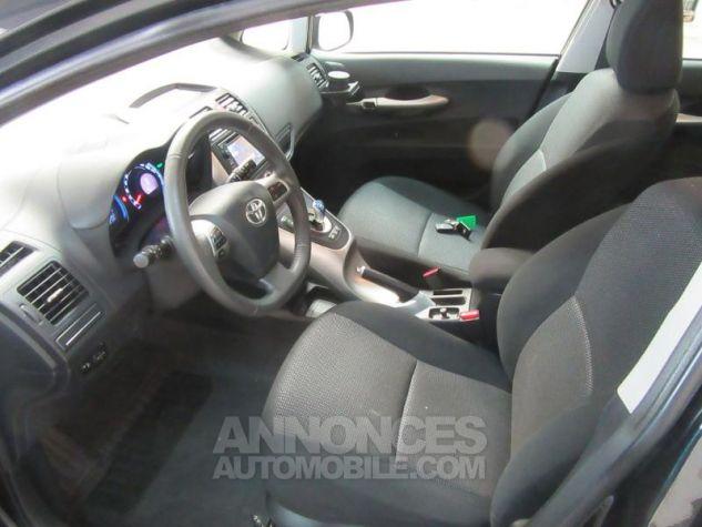 Toyota AURIS HSD 136h Millenium 17 5p GRIS F Occasion - 6
