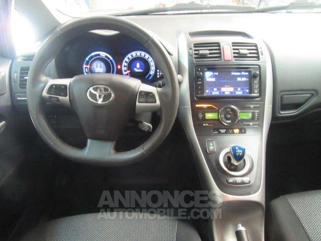 Toyota AURIS HSD 136h Millenium 17 5p GRIS F Occasion - 8