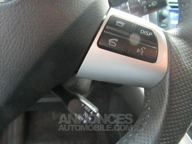 Toyota AURIS HSD 136h Millenium 17 5p GRIS F Occasion - 11
