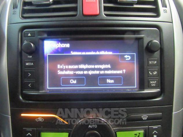 Toyota AURIS HSD 136h Millenium 17 5p GRIS F Occasion - 19