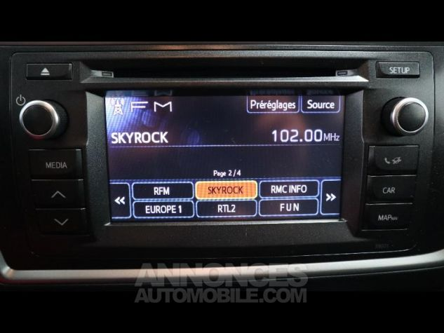 Toyota AURIS HSD 136h Style ROUGE Occasion - 10