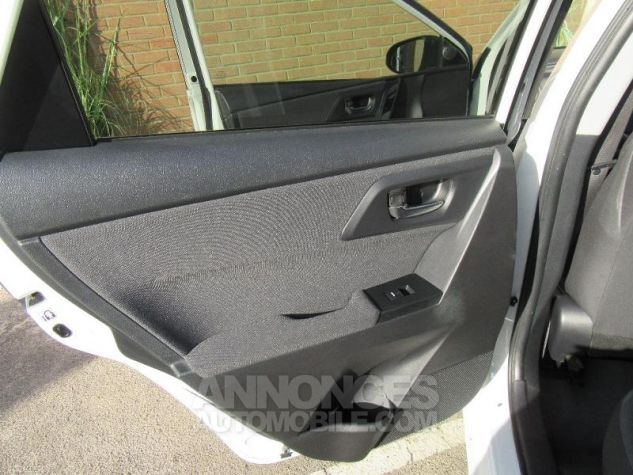 Toyota AURIS HSD 136h TechnoLine BLANC NACRE Occasion - 12