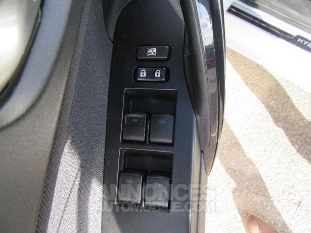 Toyota AURIS HSD 136h TechnoLine BLANC NACRE Occasion - 14