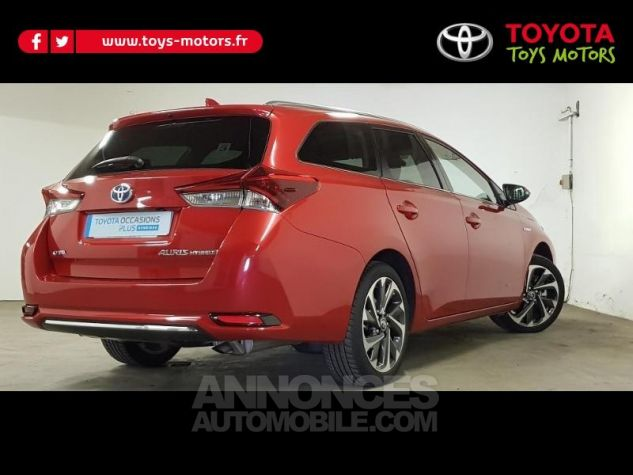 Toyota AURIS TOURING SPORTS HSD 136h Design ROUGE Occasion - 1