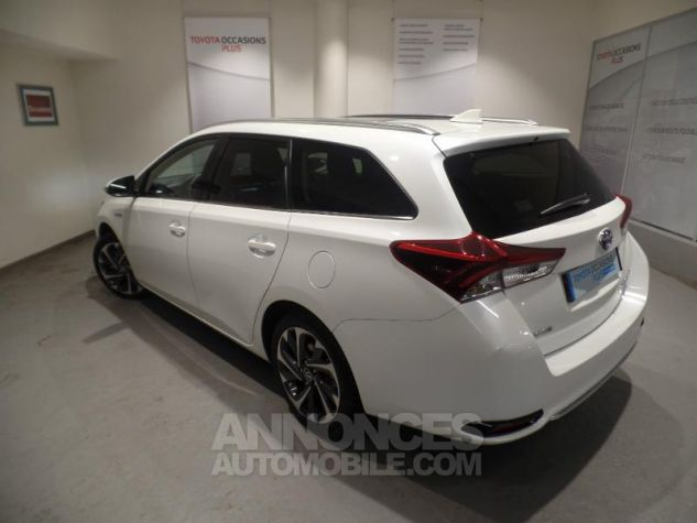 Toyota AURIS TOURING SPORTS HSD 136h Design BLANC Occasion - 1