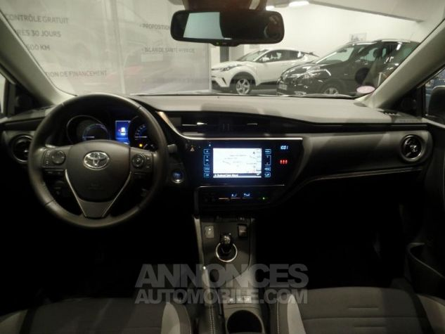 Toyota AURIS TOURING SPORTS HSD 136h Design BLANC Occasion - 2