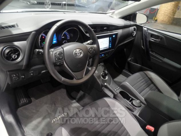 Toyota AURIS TOURING SPORTS HSD 136h Design BLANC Occasion - 12