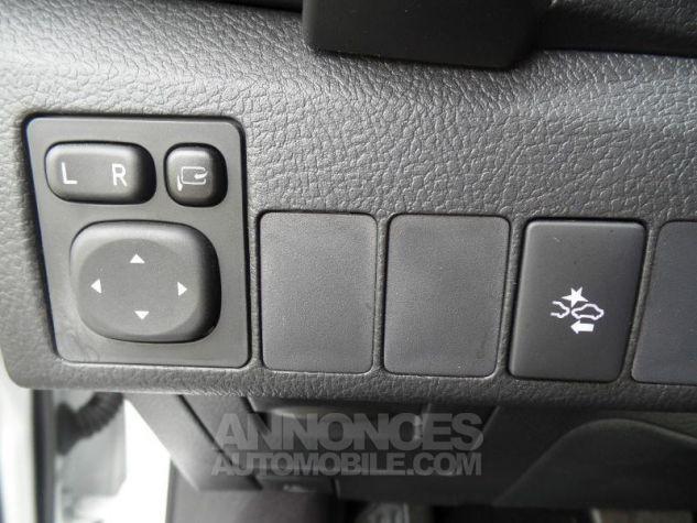 Toyota AURIS TOURING SPORTS HSD 136h Design BLANC PUR Occasion - 14
