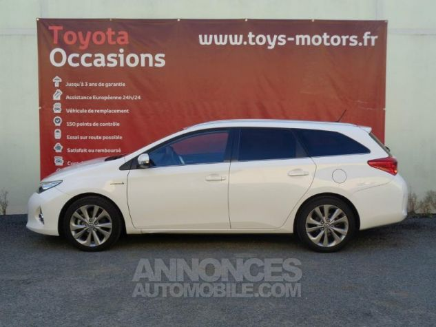 Toyota AURIS TOURING SPORTS HSD 136h Dynamic BLANC PUR Occasion - 2