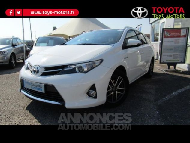 Toyota AURIS TOURING SPORTS HSD 136h Feel BLANC Occasion - 0