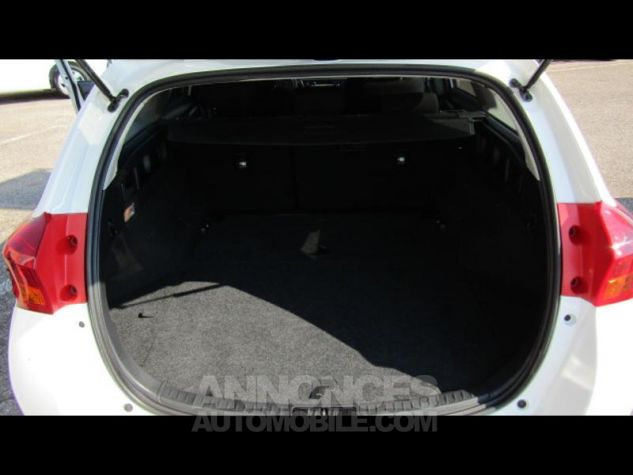Toyota AURIS TOURING SPORTS HSD 136h Feel BLANC Occasion - 6