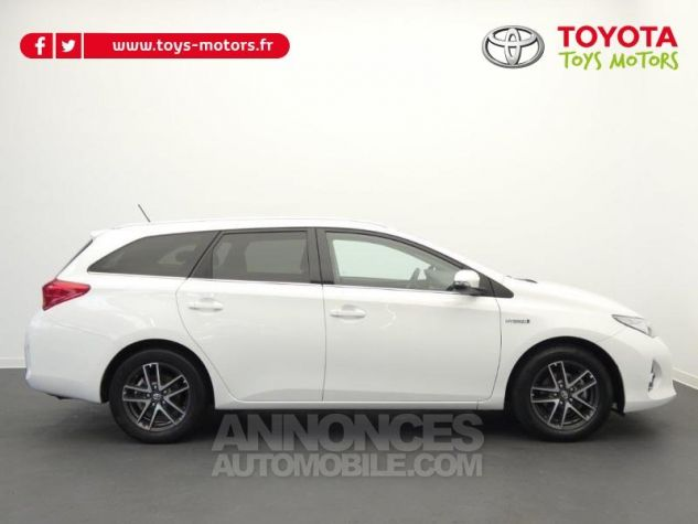 Toyota AURIS TOURING SPORTS HSD 136h Feel Blanc Occasion - 1