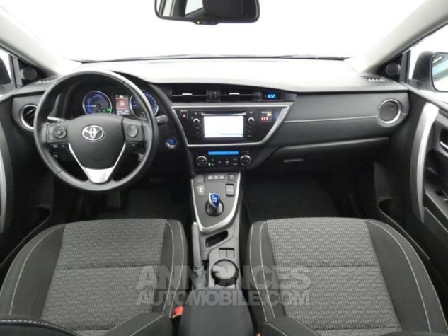 Toyota AURIS TOURING SPORTS HSD 136h Feel Blanc Occasion - 3