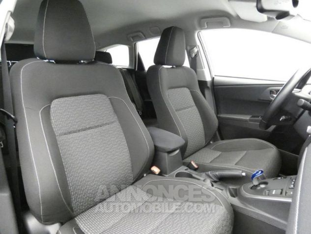 Toyota AURIS TOURING SPORTS HSD 136h Feel Blanc Occasion - 15
