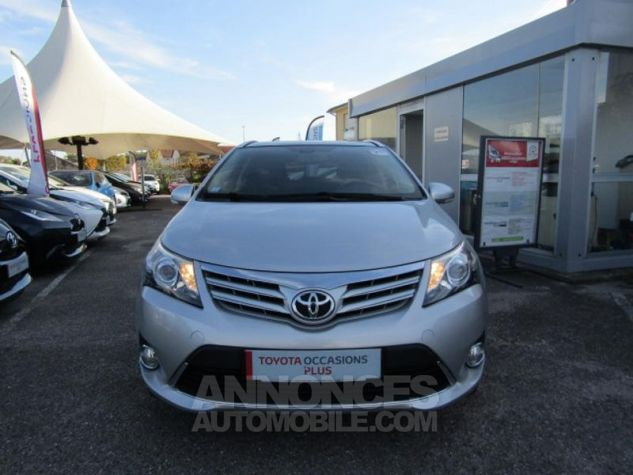 Toyota AVENSIS 124 D-4D SkyView Limited Edition GRIS CLAIRE Occasion - 3