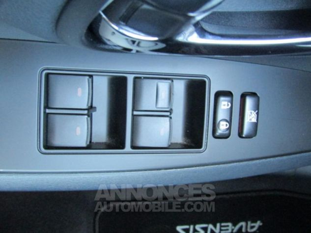 Toyota AVENSIS 124 D-4D SkyView Limited Edition GRIS CLAIRE Occasion - 19