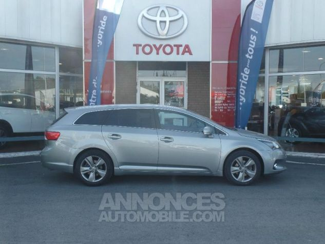 Toyota AVENSIS 124 D-4D SkyView Limited Edition  Occasion - 2