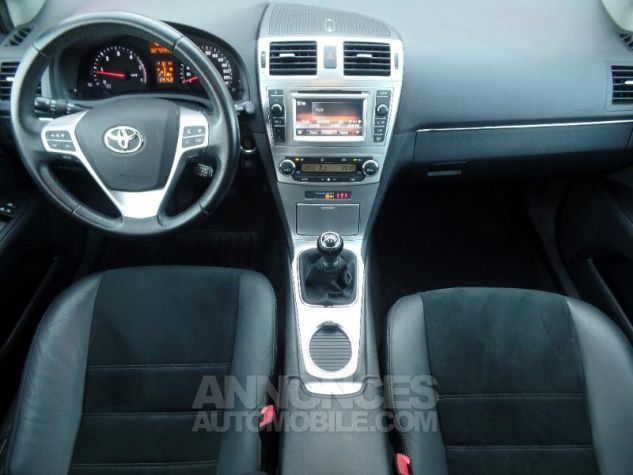 Toyota AVENSIS 124 D-4D SkyView Limited Edition  Occasion - 6